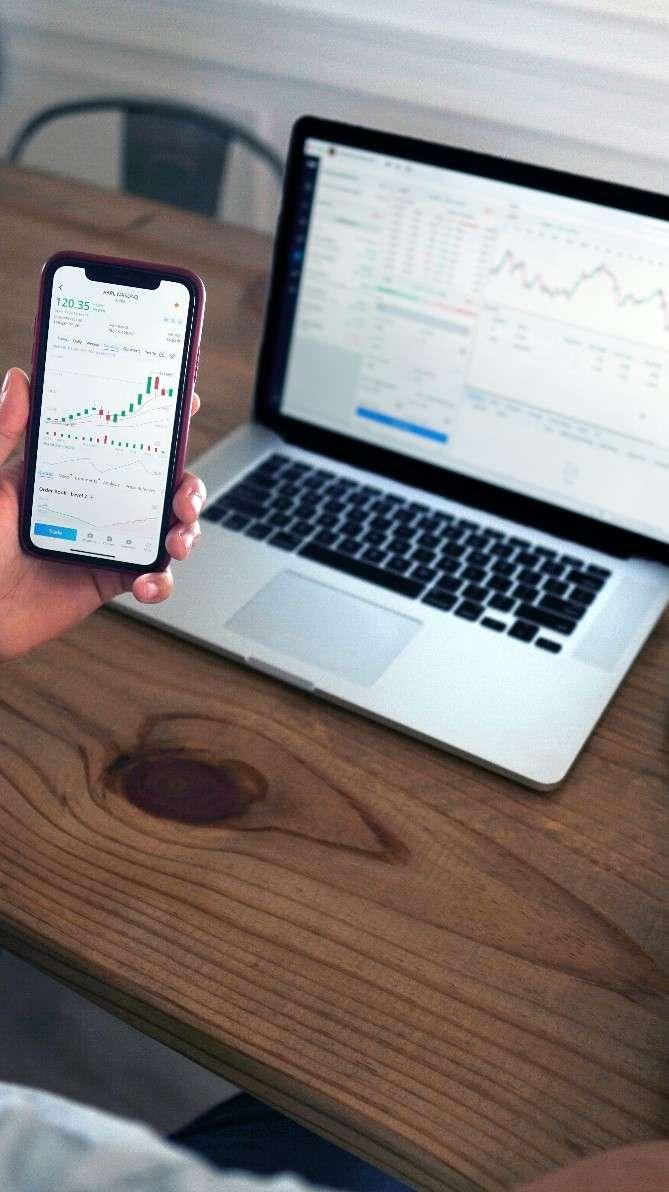 eToro review - mobiel en desktop handelsplatform